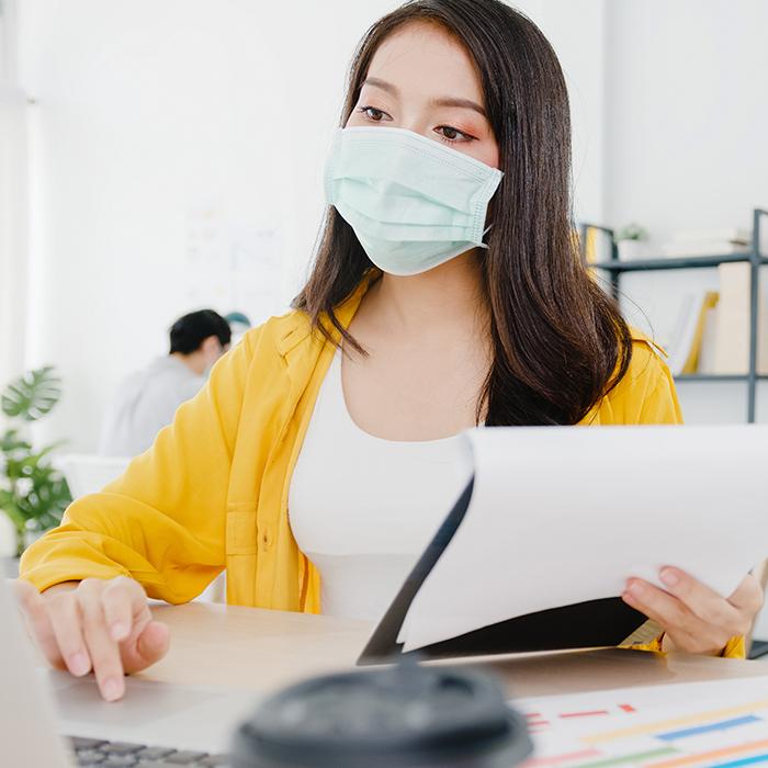 Lakukan Hal Ini Agar Tetap Aman Saat Bekerja di Tengah Pandemi