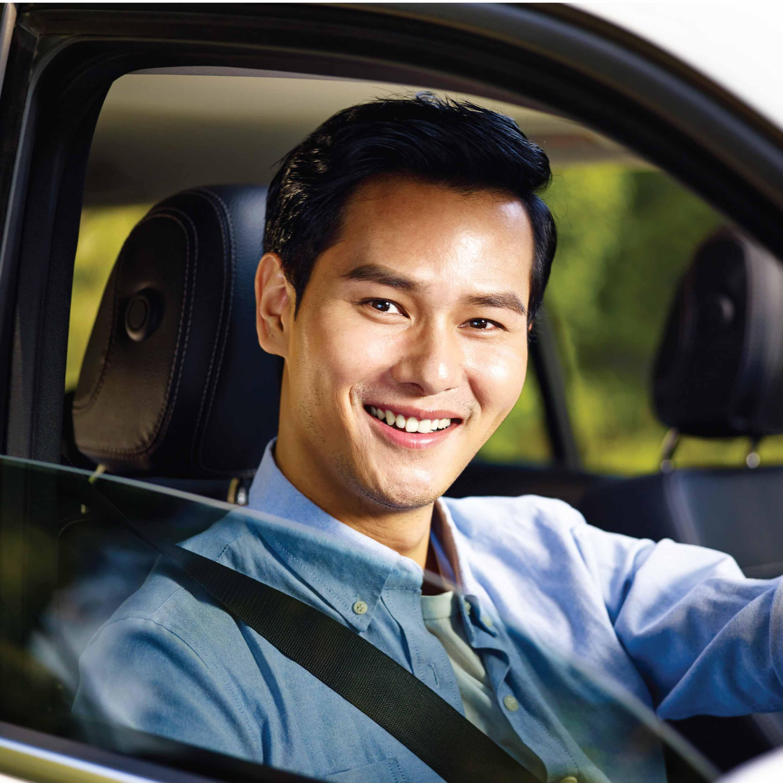 Tips Berkendara Aman di Jalan Raya