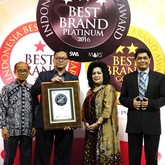 TRAC-Astra Rent a Car Kembali Raih Indonesia Best Brand Award Untuk Kelima Kalinya