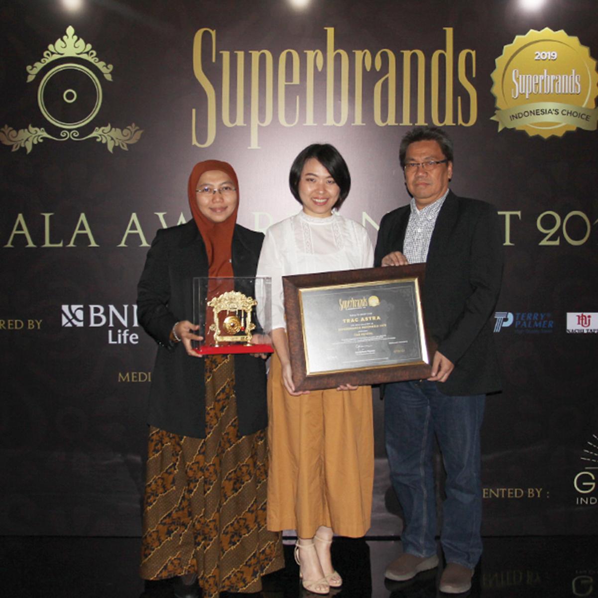 Trac Berhasil Meraih Superbrand Award 2019