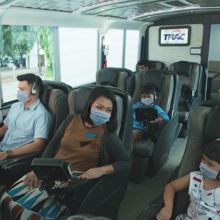 Alternatif Naik Pesawat, Nikmati Kemewahan dan Kenyamanan TRAC Luxury Bus